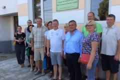 Tegevusgrupi Somes Codru büroo juures koos võõrustajatega